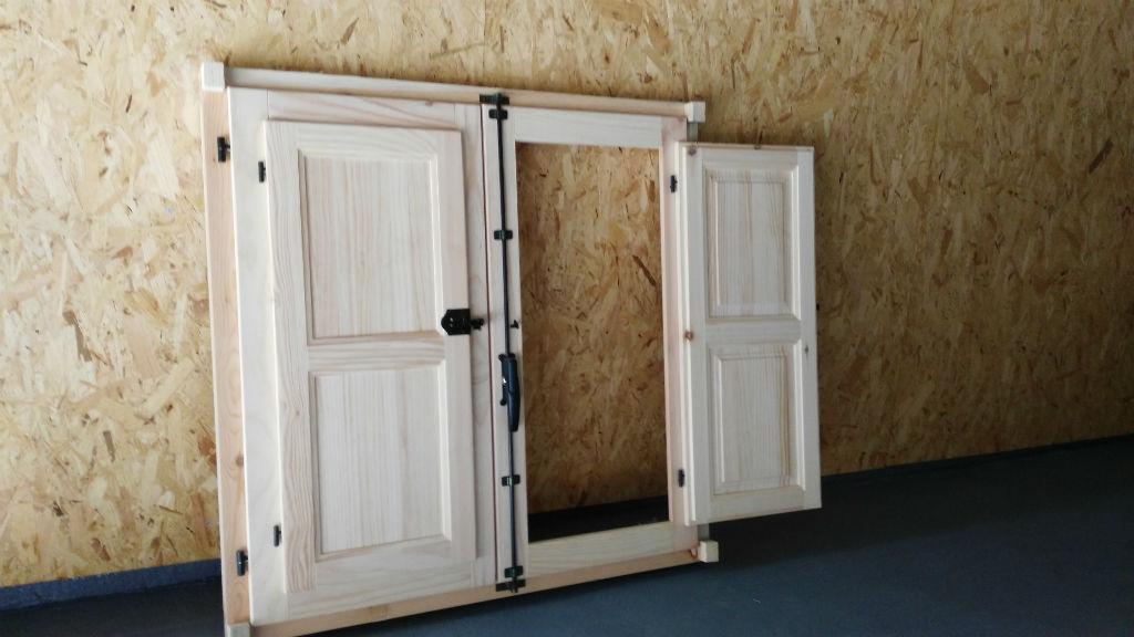 Rusticos y madera p rgolas a medida productos r sticos for Ventanas de madera precios en rosario