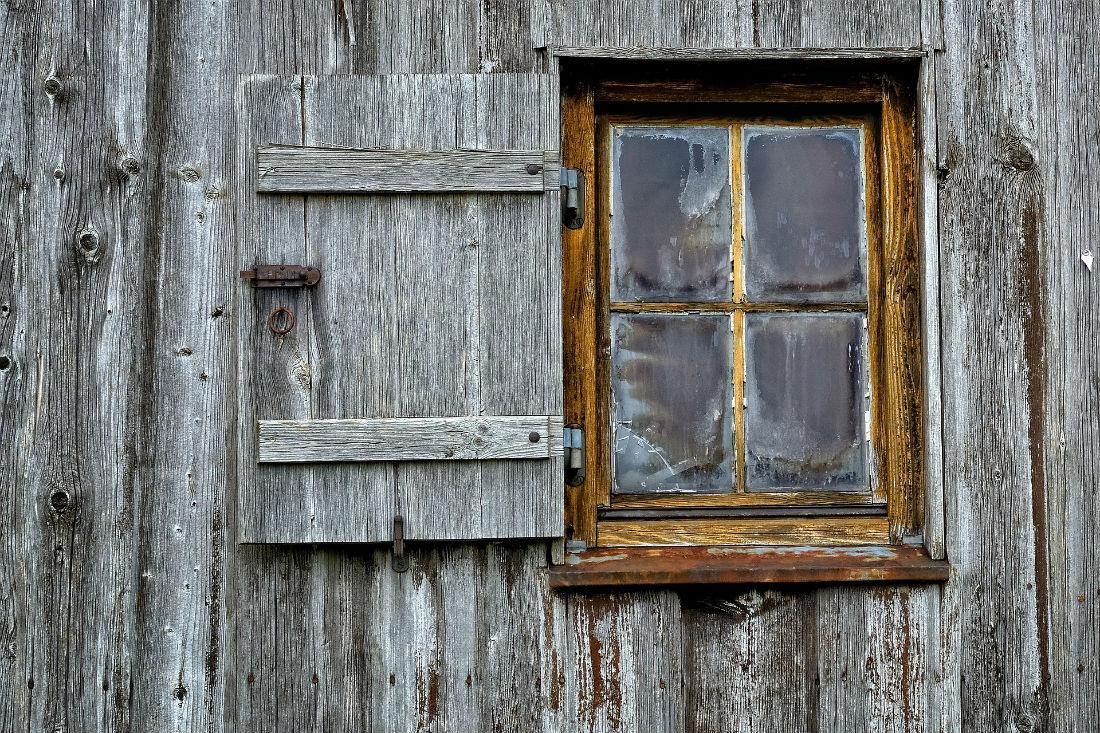 Rusticos y madera productos for Ventanas en madera